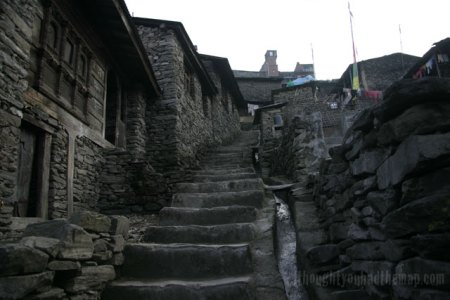 Back streets of Dhunche